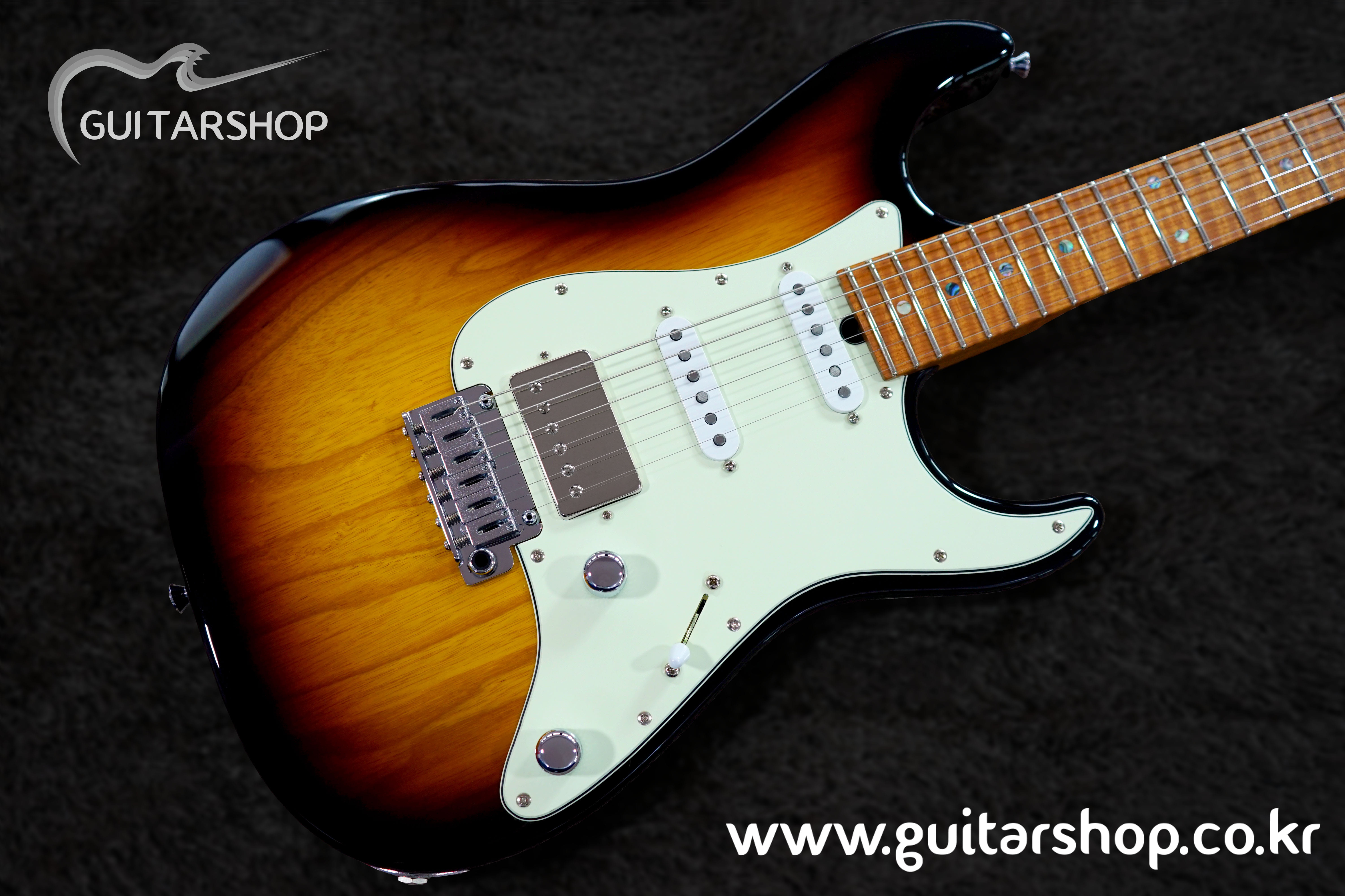"T's GUITAR DST-Classic22 ""Roasted Flame Maple Neck"" (59 Burst)"