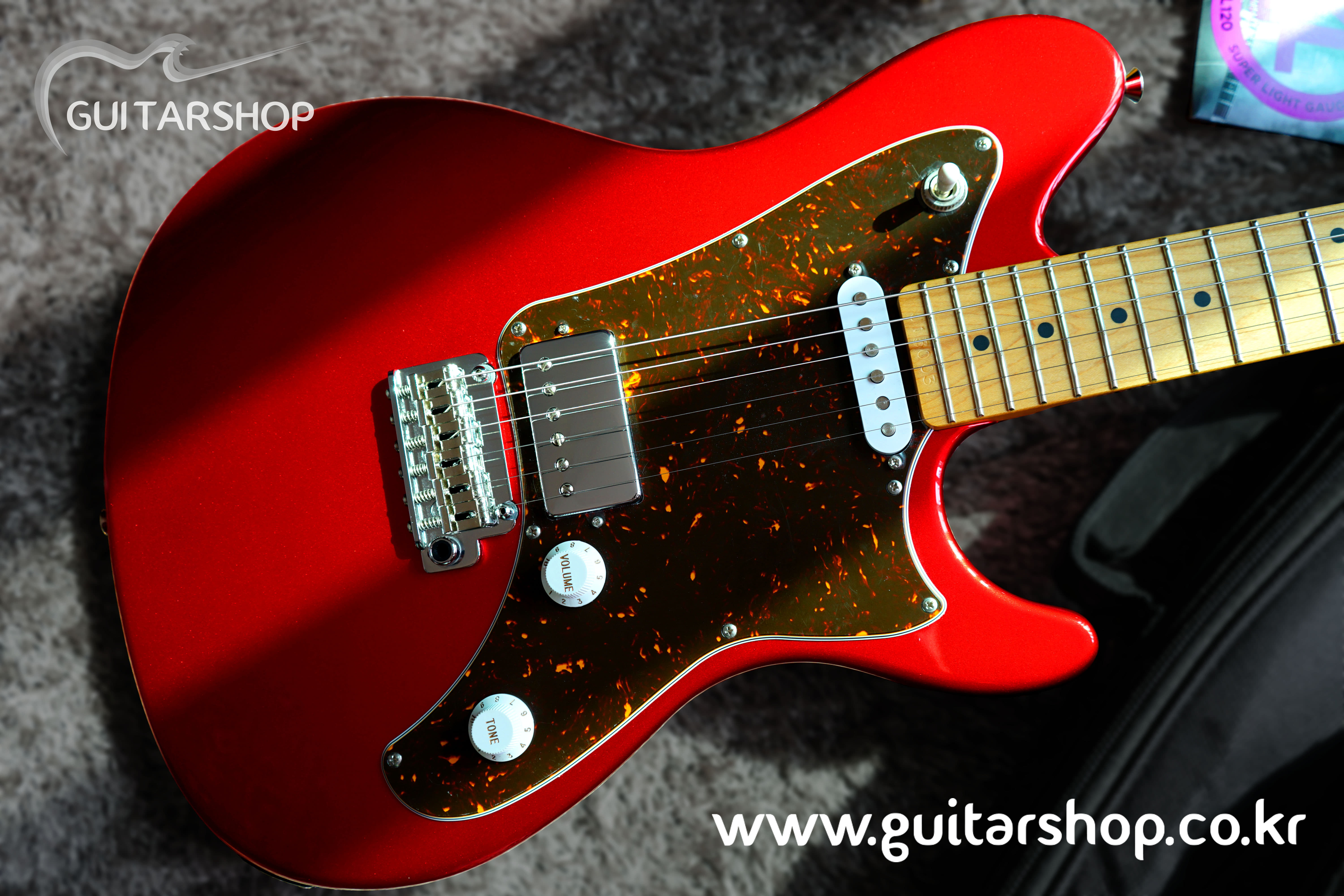 SUGI RMG GUITAR (Candy Apple Red Color)