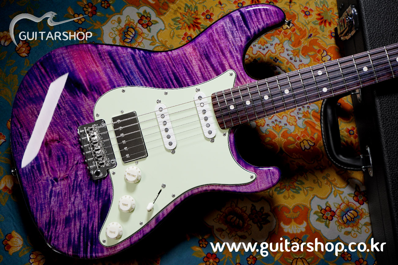 SUGI Stargazer Guitar Amethyst Color (Luthiers Collection Limited Edition)